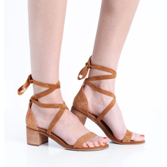 bd3ebb8ce4e Steve Madden Rizzaa lace up heeled sandal. M 5a9ff9002ae12ffa9921b6e3